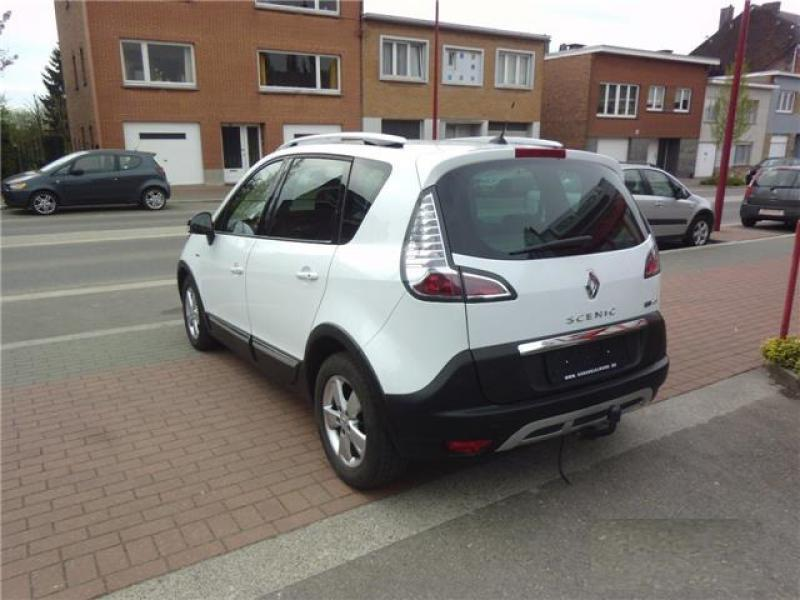 renault scenic iii xmod bose 1 6 dci 130cv 63232 km. Black Bedroom Furniture Sets. Home Design Ideas