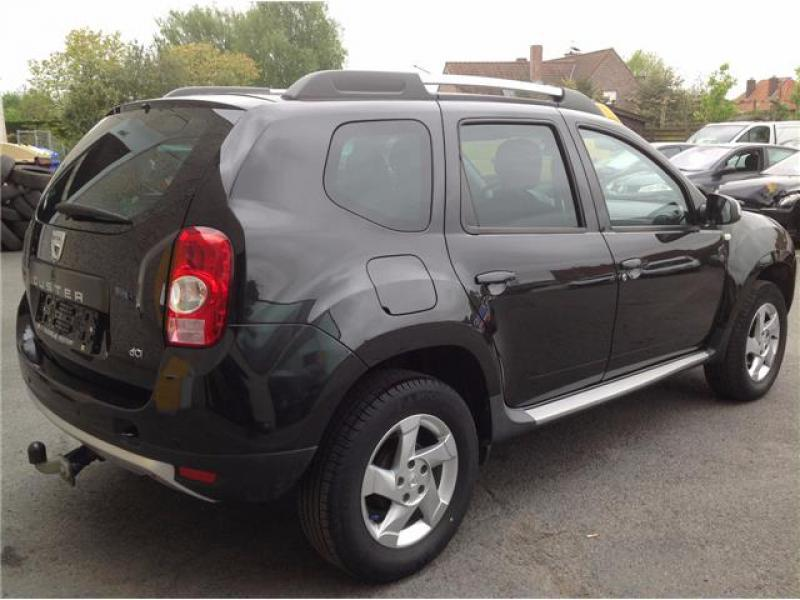 dacia duster laureate pack look 1 5 dci 110cv 4x2 72000 km. Black Bedroom Furniture Sets. Home Design Ideas