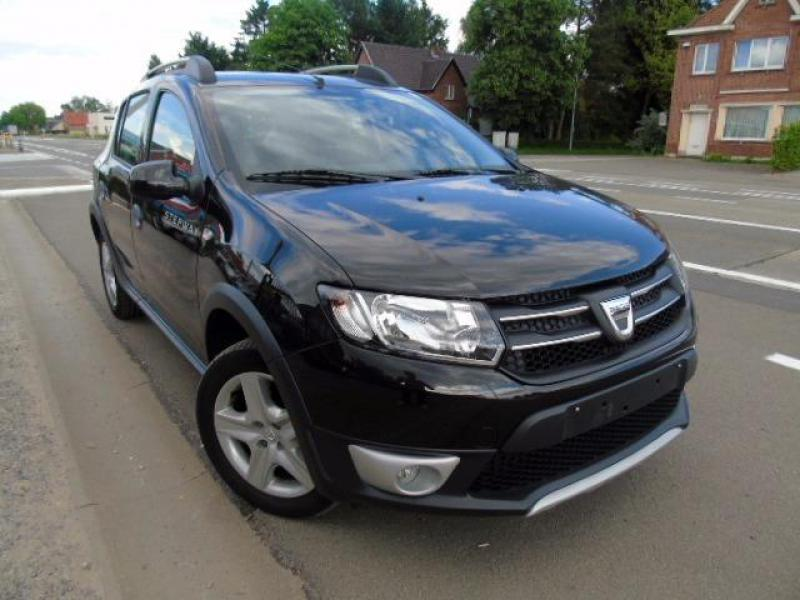 dacia sandero ii stepway prestige plus 90cv 45180 km. Black Bedroom Furniture Sets. Home Design Ideas