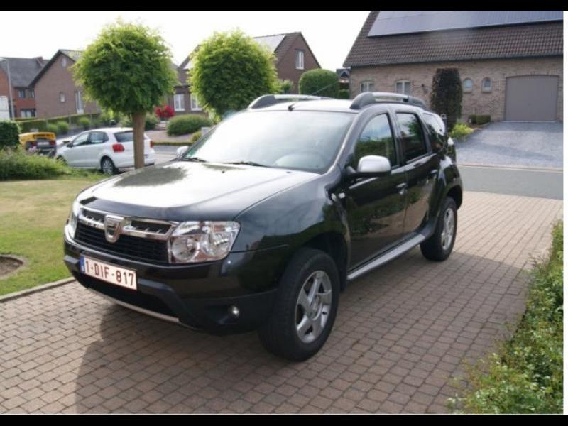 dacia duster laur ate dci 110cv 4x2 58000 km. Black Bedroom Furniture Sets. Home Design Ideas