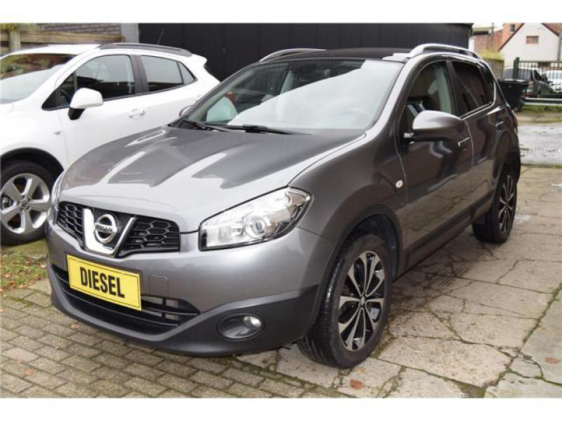 nissan qashqai connect edition 1 6 dci 130cv 2wd 58462 km. Black Bedroom Furniture Sets. Home Design Ideas