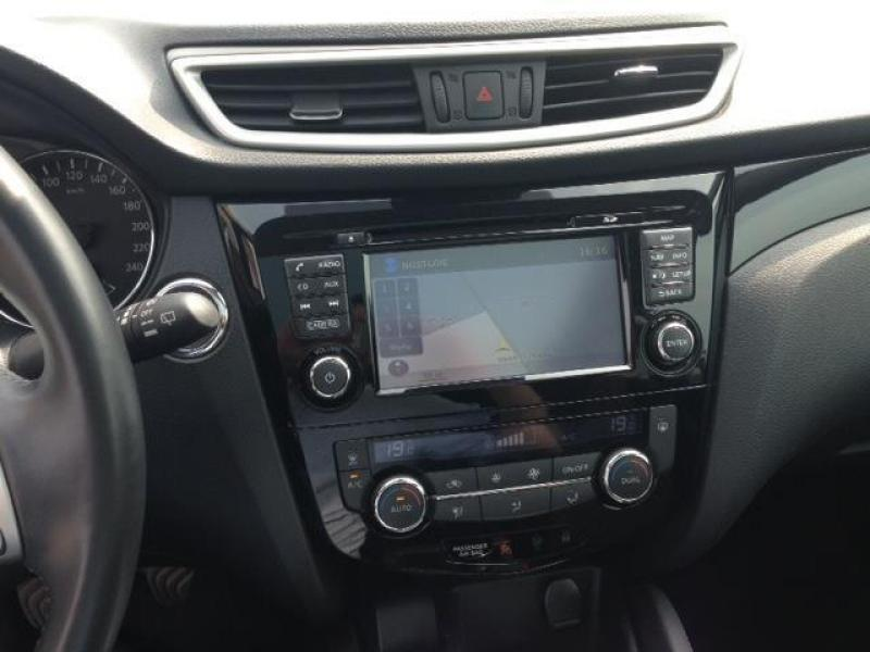 nissan qashqai connect edition 1 5 dci 110 2wd 42373 km. Black Bedroom Furniture Sets. Home Design Ideas