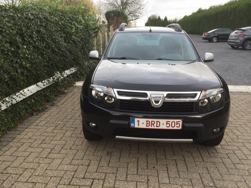 dacia duster prestige 4x4 dci 110 64900 km. Black Bedroom Furniture Sets. Home Design Ideas