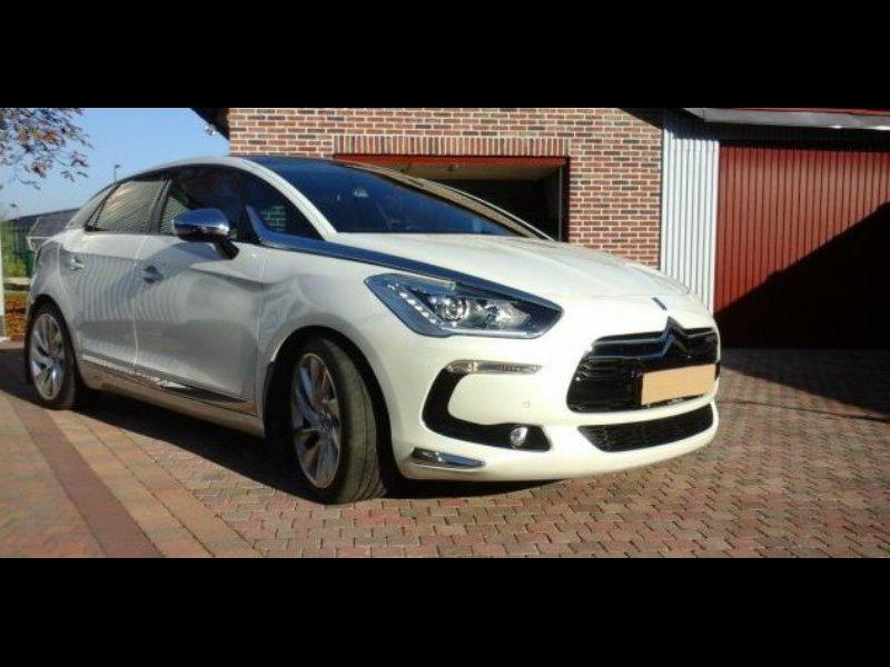 citroen ds5 sport chic 2 0 hdi 163cv bva 23530 km. Black Bedroom Furniture Sets. Home Design Ideas