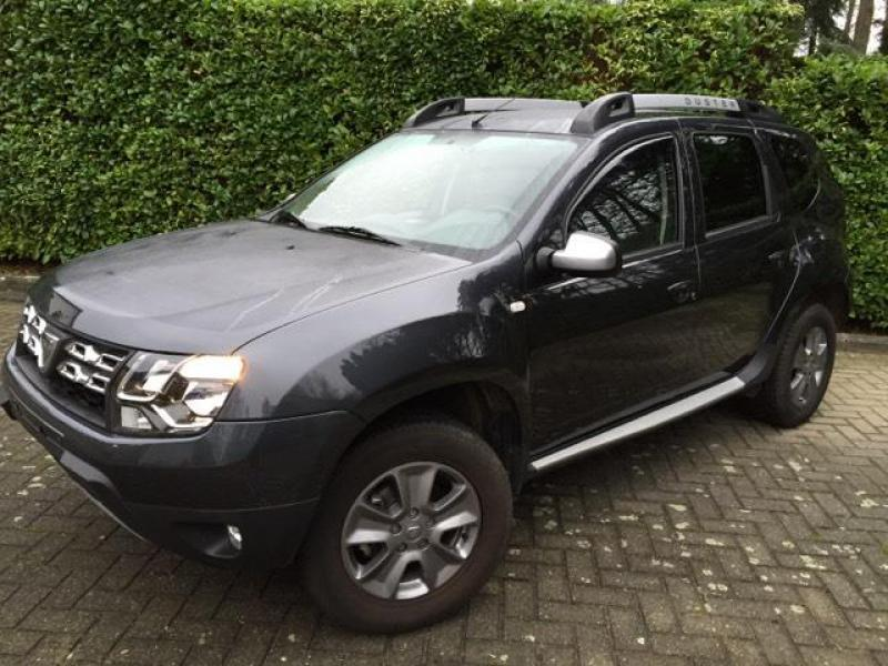 dacia duster 2 prestige 1 5 dci 110cv 4x2 9500 km. Black Bedroom Furniture Sets. Home Design Ideas