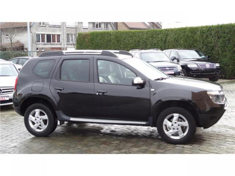 dacia duster prestige 4x4 dci 110 25800 km. Black Bedroom Furniture Sets. Home Design Ideas
