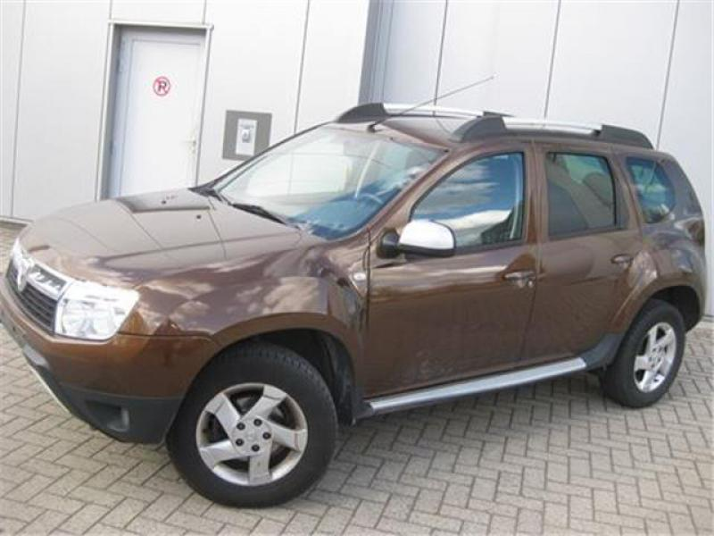 dacia duster laur ate pack look dci 110cv 4x2 96800 km. Black Bedroom Furniture Sets. Home Design Ideas